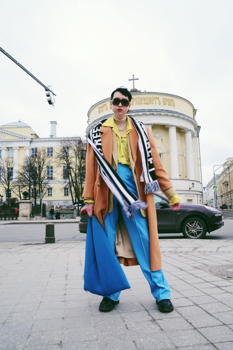 Moscow Fashion Week Street Style. Photographs by Taty Lotskih